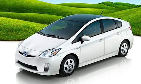 toyota-prius-hybrid-car-2010-photo1